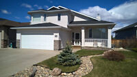 Beautiful Walk-out Bungalow in Riverstone
