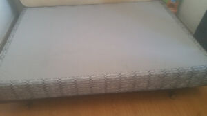 Queen box spring and fram