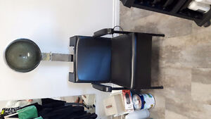 Salon dryer chair Belleville Belleville Area image 1
