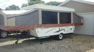 Palamino pop up camper