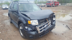 2008 ESCAPE. JUST IN FOR PARTS AT PIC N SAVE! WELLAND