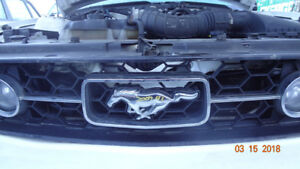 2007 Mustang Grille Assembly with Lights