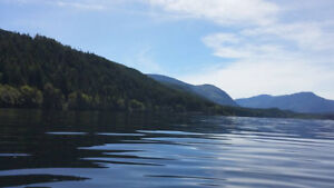 Sproat Lake Waterfront Vacation Home Rental