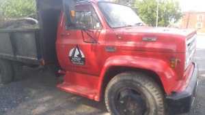 Camion 6roues GMC