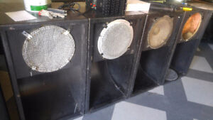4 bass Bin reduce from 400 to 300$