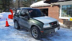 1999 Suzuki Vitara 4wd w/ plow low miles Chevy Tracker