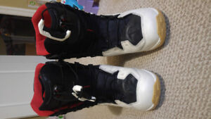Size 9.5 Salomon Malimute Snowboard Boots For Sale