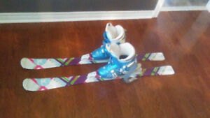 COMPLETE SET OF SKI, BOOTS & BINDINGS (8-10 YEAR OLD KIDS)