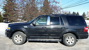 2010 Ford Expedition XLT VUS, 8 passagers, DVD