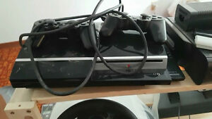 playstations 3 ps3, 2 controllers, 2 games