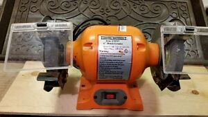 6 inch Bench Grinder - Excellent Condition
