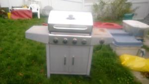 BBQ Tek BBQ W/ side burner