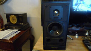 Mirage M-190is Audiophile Bookshelf Speaker Made in Canada .