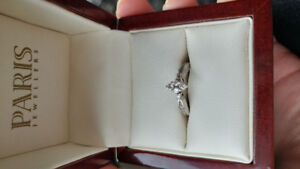 Engagement ring Price negotiable