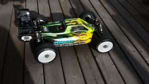 RC Losi 8ight 2.0 buggy