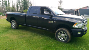 2016 RAM 2500 LOW KM AND PRICED BELOW BLACK BOOK VALUE