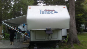 Tahoe 28' fifth wheel