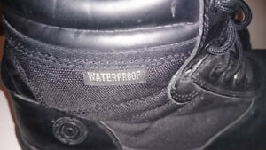 Men's Swat Safety shoe size 10  water proof