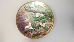 Ontario White Trilliums Flowers of the Canadian Provinces plate