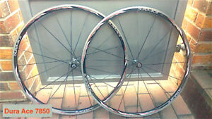 Shimano DuraAce WH-7850 Clincher wheels ( Tubeless Ready )