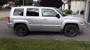 2010 Jeep Patriot Limited FWD