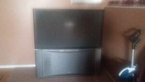 2 TVs for free