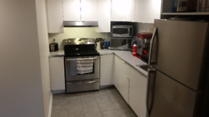 All Included. 3 Mins from College. Beautiful Brand New Reno