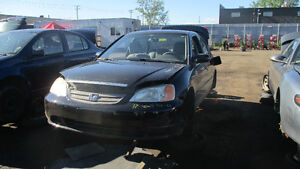 Honda civic 2001- Dispo pour pièces chez Kenny Laval !