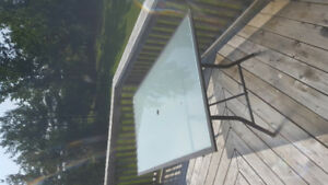 Free glass top patio table