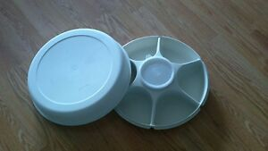 Extra Large Tupperware Veggie Tray with Removeable Dip Dish