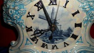 Arnels vintage Mantel Clock $40. Prince George British Columbia image 3