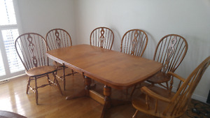 Solid Wood - Dining Table and 6 Chairs