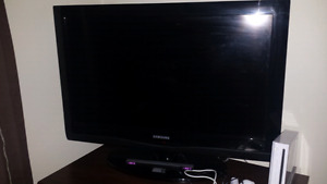 Samsung 32 inch,  Delivery available
