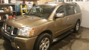 2004 Nissan Armada LE 4x4 with Nav and DVD