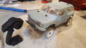 Traxxas slash 4x4 LCG RTR with castle brushless