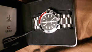 2 Men's stainless watches both never worn