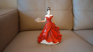 ROYAL DOULTON Pretty Ladies Figurine  .. MARIE