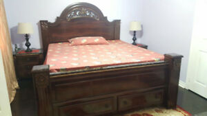 Complete bedroom set for sale!