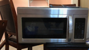 LG 1.8 Cu. Ft. Over-the-Range Microwave – Stainless Steel