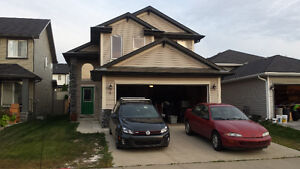 Large house for rent in Fort Saskatchewan for August 1st + A/C