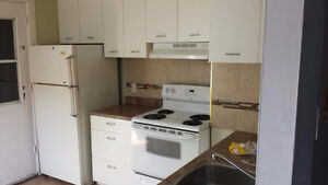 Clean bright 2nd  floor 6.5 3bdr apt In Plateau Park Lafontain