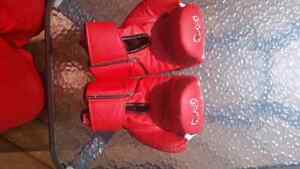 Rival rb40 boxing gloves like new condition