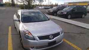 2007 Nissan altima, 3.5L SE sedan $5500