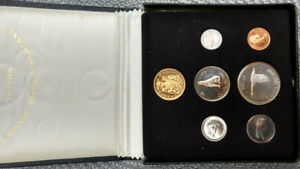 Canada 1967 silver coin set with gold coin