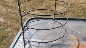 Antique Pie Rack Sarnia Sarnia Area image 3