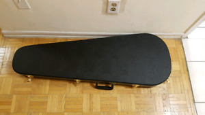Teardrop guitar hardshell case