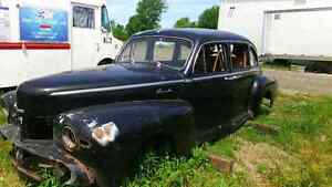 MINT 1947 LINCOLN ZEPHYR BODY WITH INTERIOR London Ontario image 5