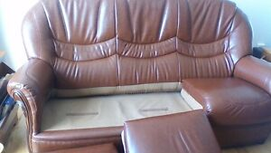 Faite une offre. Divan/chaise en cuir bufflo/ Leather sofa/chair Gatineau Ottawa / Gatineau Area image 2