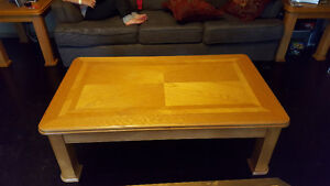 Coffee Table/2 End Tables/ 2 Lamps