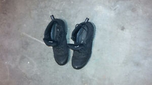 Men's Hiking Boots size 9 1/2